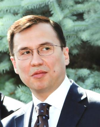 Portrait of Dr Ulugbeck Khasanov