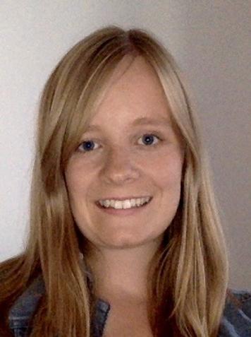 Portrait of Dr Hannah Lilley