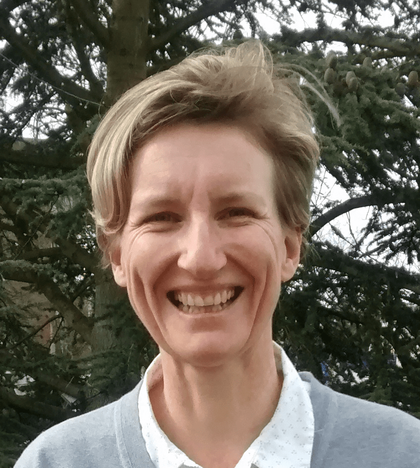 Portrait of Dr Sarah Tetley